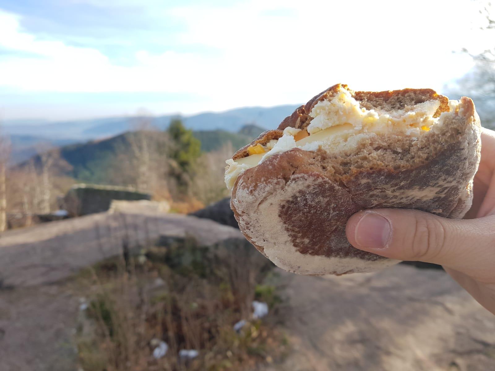 Wanderproviant: Drei-Käse-Brötchen